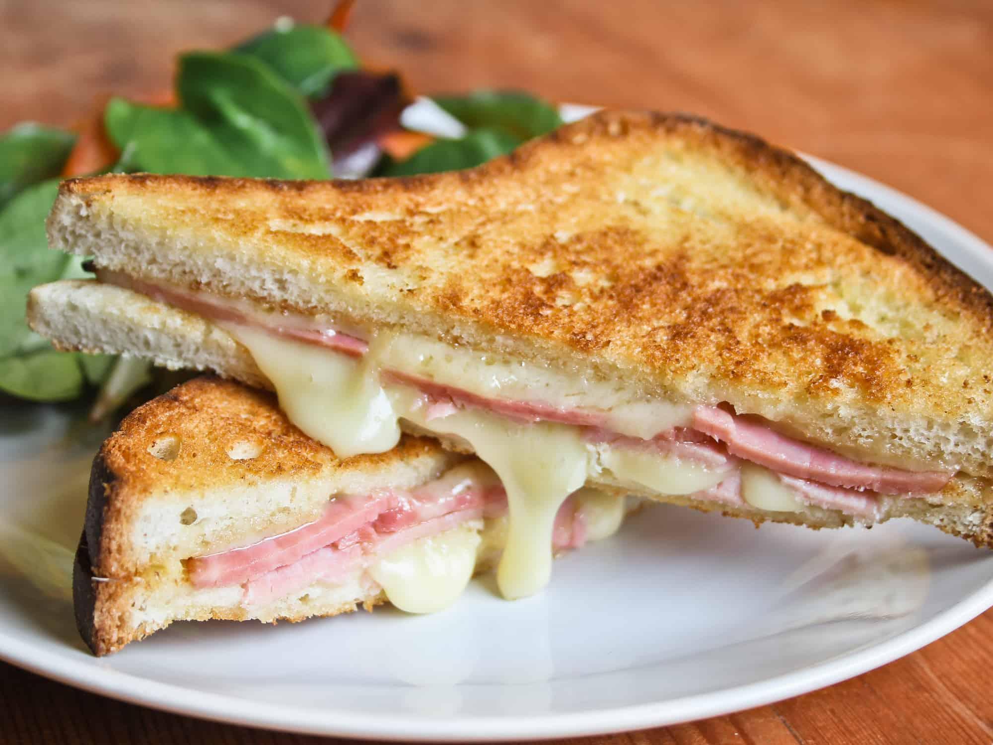 cheese-and-ham-toastie